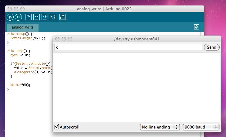 """Serial Monitor"" v Arduino programovacím prostředí."