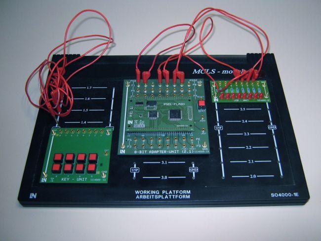 Vývojový kit MCLS-Modular s mikrokontrolérem 80C535.