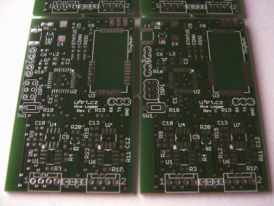 Zatím ještě neosazená DPS třetí verze elektroniky.