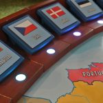 Detail na vlajky států, u kterých jsou RBG LED.